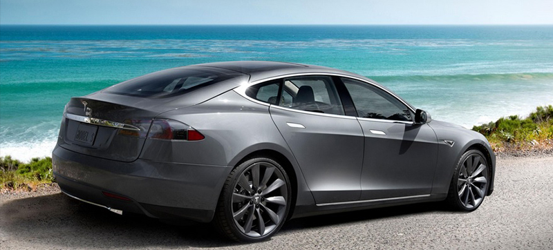 For a  first appearance at the Quebec City International Auto Show, see the famous Tesla Model S!